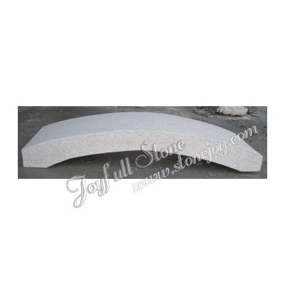 GB-016, Simple curved granite bridge